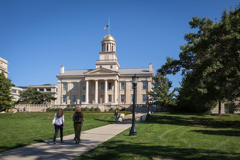 Old_Capitol_Iowa_City_2013
